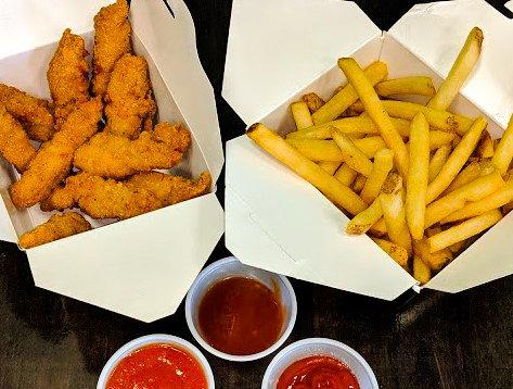Chicken Tenders & Fries - Domenics